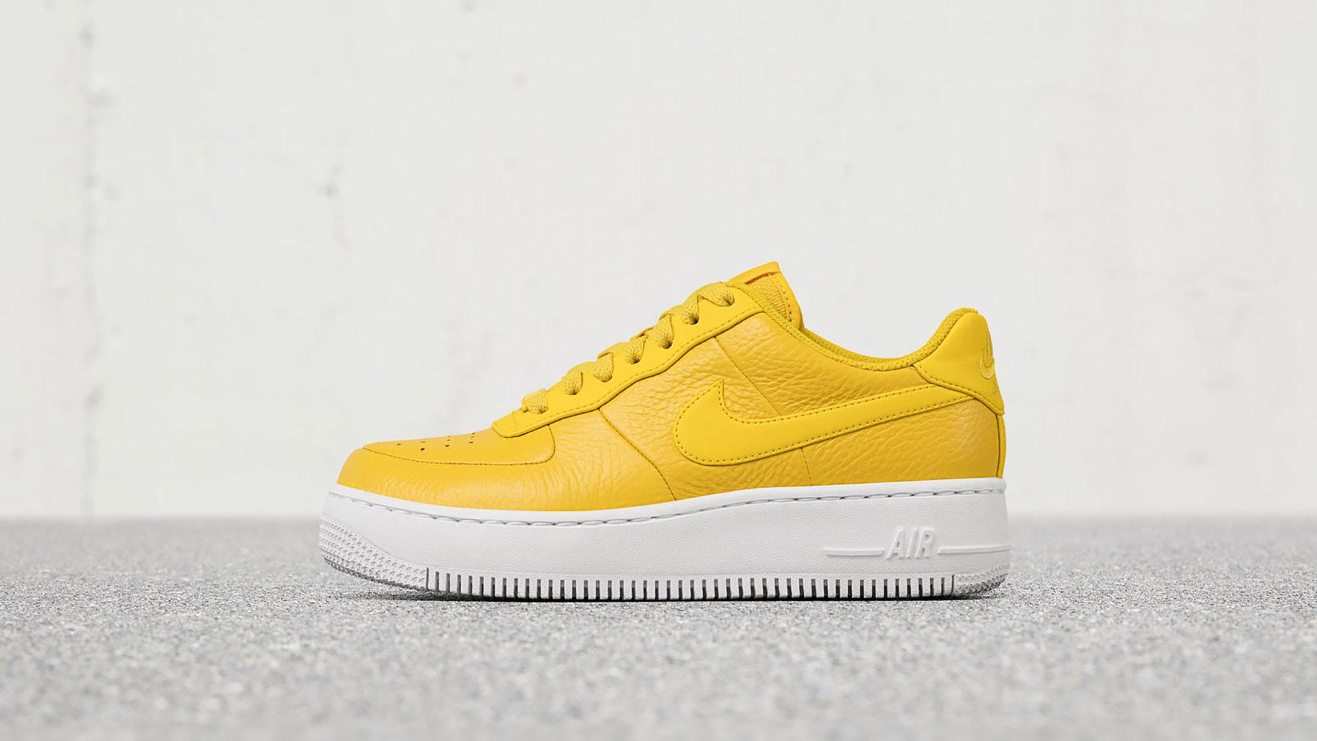 BB-Nike-Gelb
