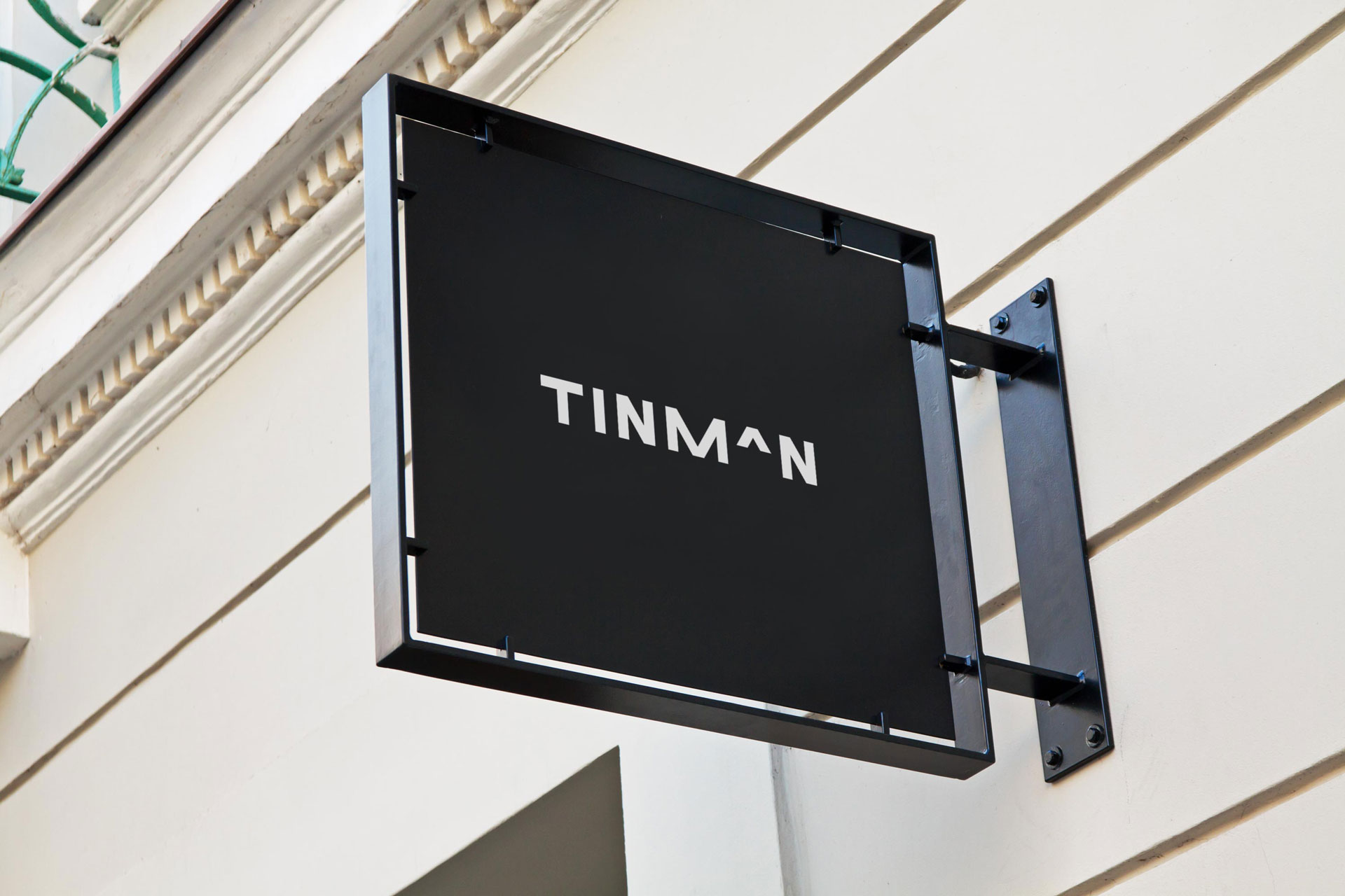 Tinman-Signage